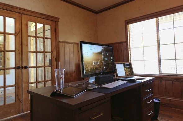16_1designers_workspace_example-590x390