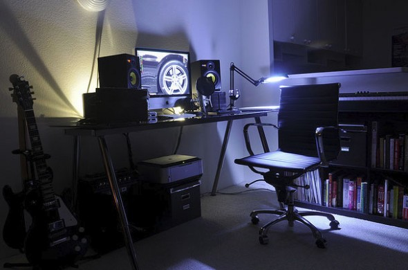 20_designers_workspace_example-590x390