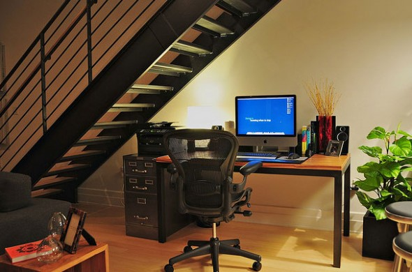 25_designers_workspace_example-590x390